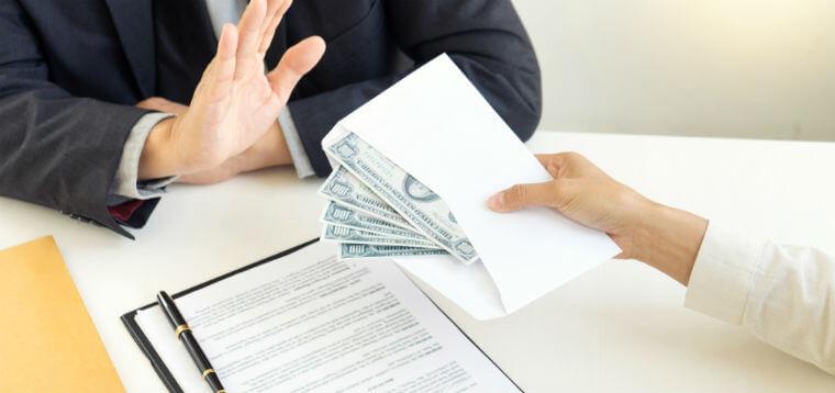 is bribery a felony or misdemeanor